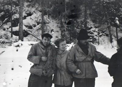 nicolai, luda, sasha, and zina on lozva river on the way to the second severny